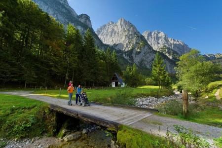 Wanderung-ins-Kaiserbachtal