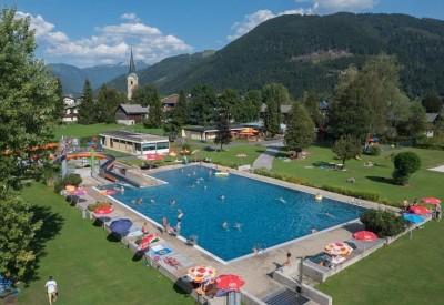 Freischwimmbad-in-Kirchdorf